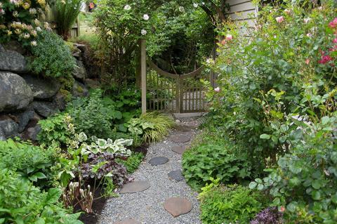 coup de pousse sur garonne paysagiste cr ation de jardin toulouse haute garonne 31. Black Bedroom Furniture Sets. Home Design Ideas